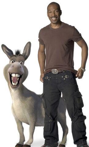File:Donkey-and-Eddie-Murphy-shrek-561102 340 560.jpg
