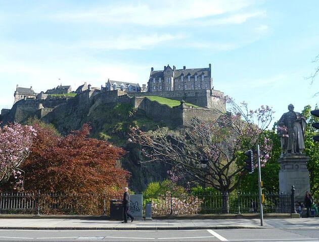File:788px-Castle from Princes Street, Edinburgh.JPG