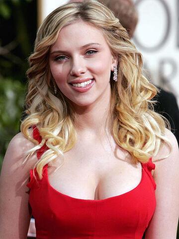 File:Scarlett Johansson 4.jpg