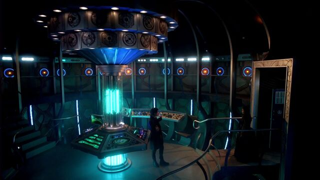 File:Tardis interior dark the Snowmen.jpg
