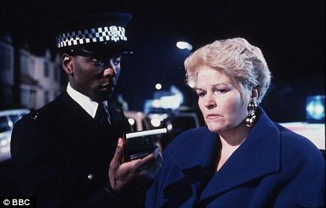 Pat Butcher Arrested 2 (24 December 1992)