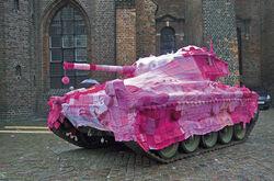 Tank-blankie-yarn-bombing