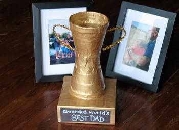 File:Trophy-fathers-day-craft-photo-350x255-aformaro-115 rdax 65.jpeg
