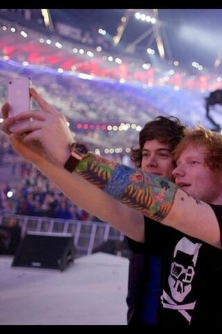 File:Ed and Harry Styles (1).jpg