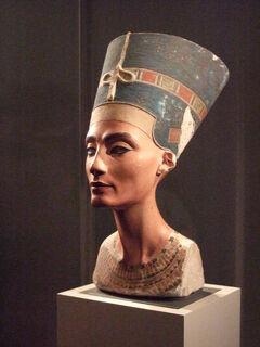 Nefertiti herself.jpg