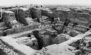 File:Tomb 3504.jpg
