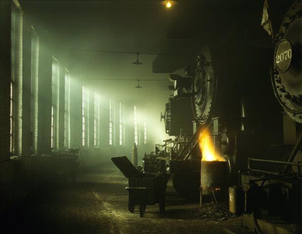 Datei:Locomotives-Roundhouse.jpg