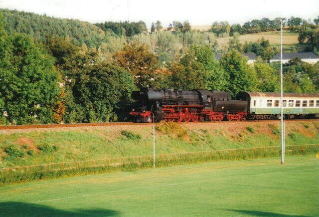 Datei:Elstertalbahn Sonderfahrt.jpg