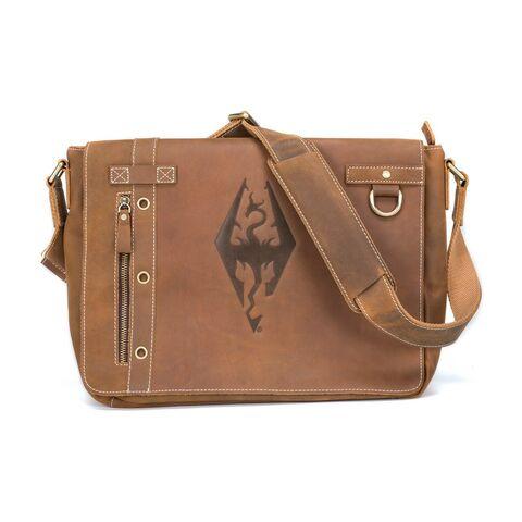 File:Bag-es-leatherimperialdragon-front.jpg