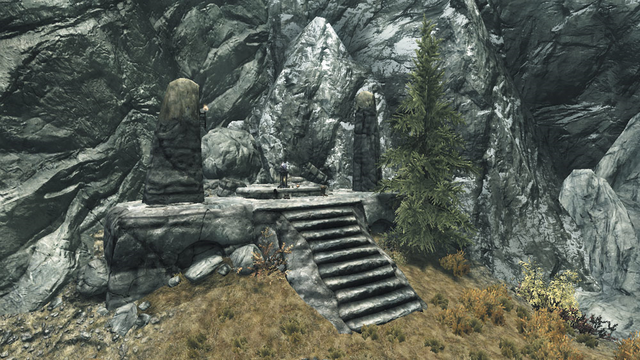 File:Shrine of Kynareth Robber's Gorge Bluffs.png