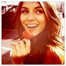Victoria Justice and Lollipop