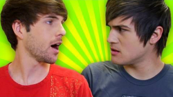 Smosh 2 GUYS 1 BATHROOM thumbnail