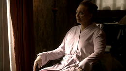 Leah Walker (Leslie Uggams) - EMPIRE