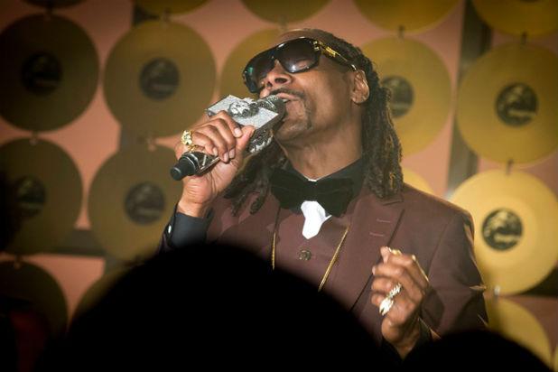 File:Snoop-Dogg-Empire.jpg