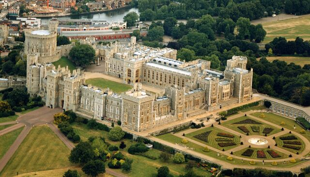 File:Windsor Castle.jpg