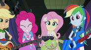 Twilight's friends won't let her down EG2