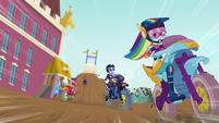 Rainbow Dash in the lead EG3