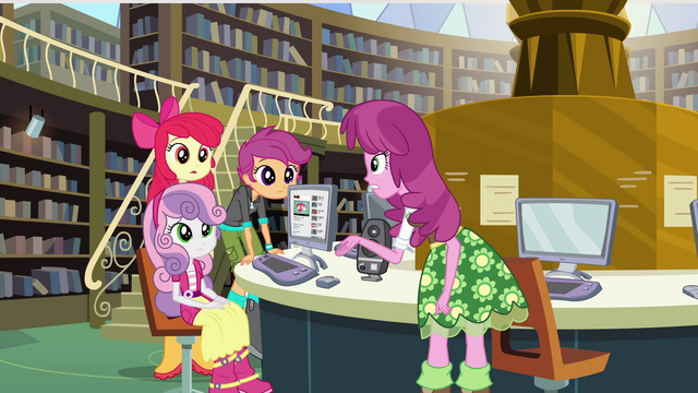 File:Cheerilee talking to the CMC EG.png