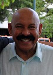 Archivo:Oscar D Leon 2011.jpg