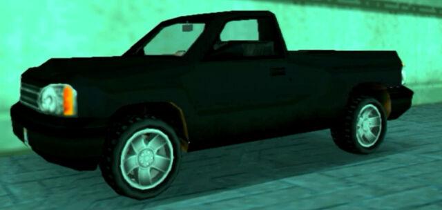 Archivo:Bobcat-GTALCS-Negro.jpg