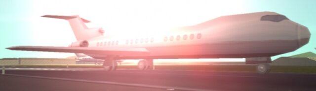Archivo:Avion en Gta lcs.jpg