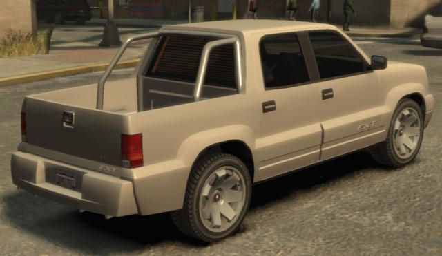 Archivo:CavalcadeFXT-GTA4-rear.jpg