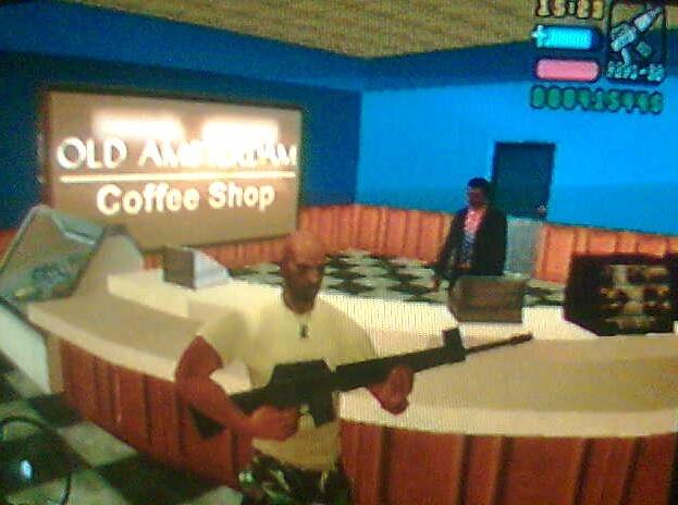 Archivo:La tienda Old Amsterdam caffe shop.jpg