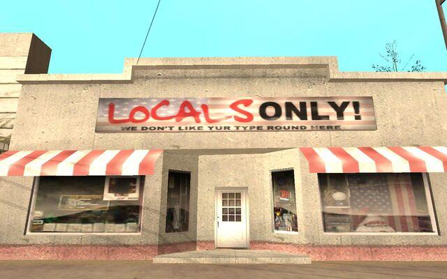 Archivo:LocalsOnly.jpg