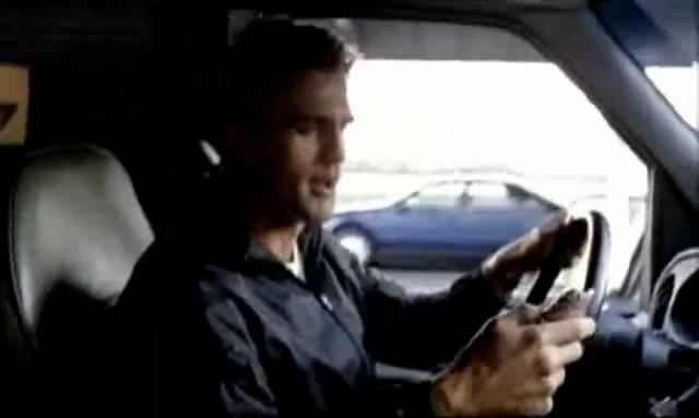 Archivo:Grand Theft Auto 2 The Movie - Claude alegrándose por la droga.png