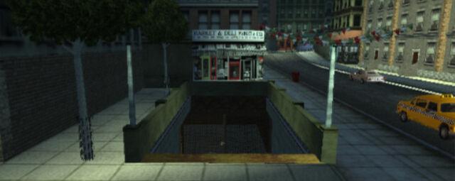 Archivo:Estación del metro abandonada.jpg