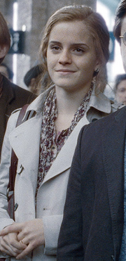 Hermione Granger age 37.png