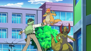 EP779 N deteniendo a los Pokémon