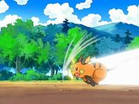Archivo:EP543 Raichu usando ataque rápido.png