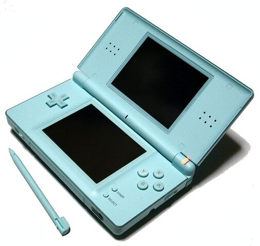 Archivo:Nintendo DS Lite Ice Blue 01.jpg
