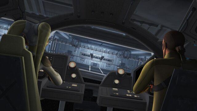 Archivo:The Forgotten Droid 08.jpg