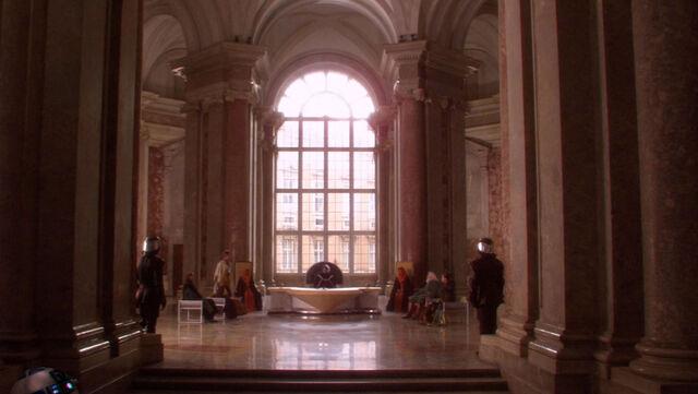 Archivo:Naboo Throne Room.jpg