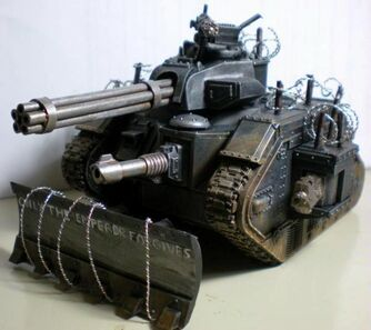 Miniatura guardia imperial tanque leman russ Punisher.jpg