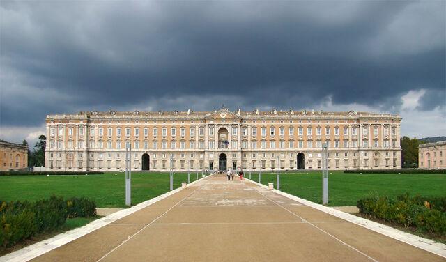 File:Royal Estate of Vieneskel.jpg