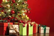 Boze-Narodzenie-2013-wiecej-prezentow-pod-choinka img5295363247066