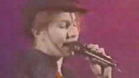 Nina Morato - Je suis un vrai garçon (Music Video)
