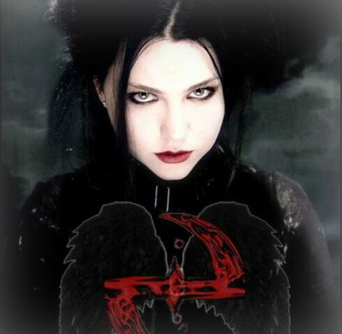 File:Evanescence Amy.JPG