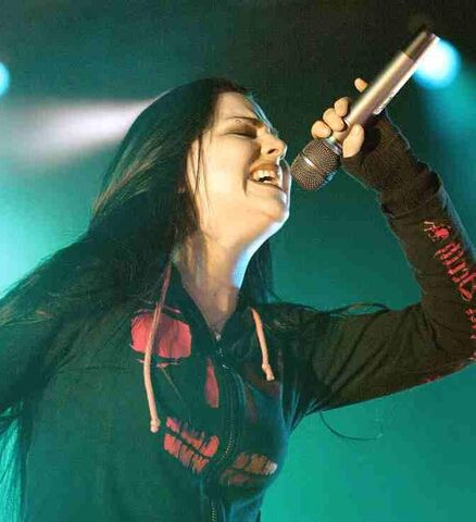 File:Amy Lee Evanescence Picture 121.jpg