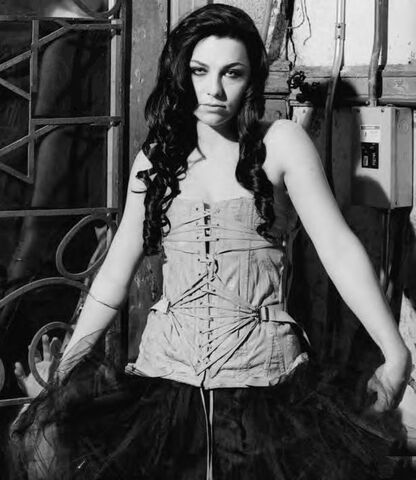 File:Amy Lee Evanescence Picture 99.jpg