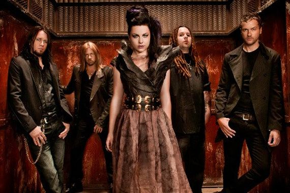 File:Evanescence My heart is Broken jan12.jpg