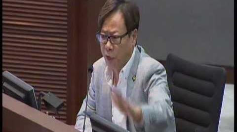 毓民指出民意趨向反對香港政府捐一億給四川做維穩費,避免助紂為虐!