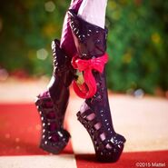 Facebook - Courtly Tuesday Shoesday