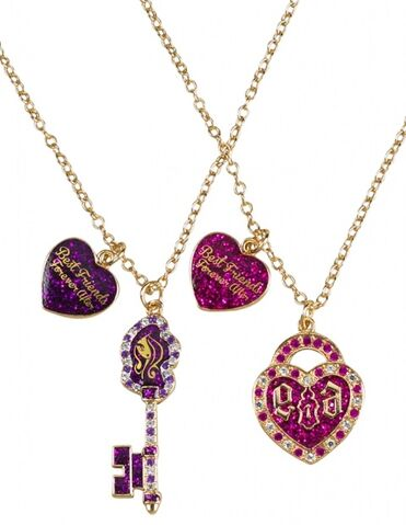 File:Justice merchandise - key and lock friendship necklaces.jpg