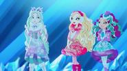 TINBLSB - Crystal, Apple and Madeline