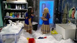 Every Witch Way S03E11