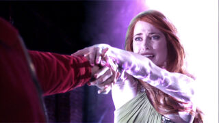 Maxima (played by Charlotte Sullivan) Smallville Instinct 155